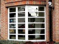 Okno z roletą z nadrukiem